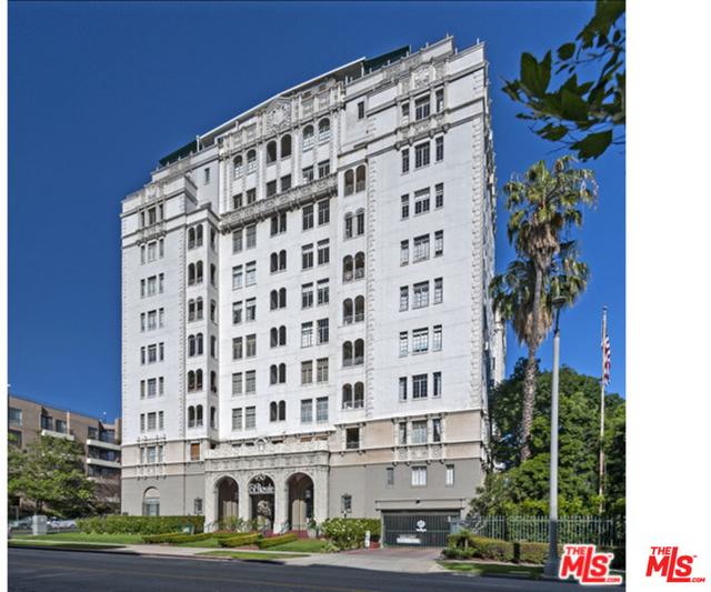 2 Bedrooms, Hancock Park Rental in Los Angeles, CA for $5,500 - Photo 1