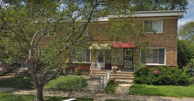 2 Bedrooms, Riverdale Rental in Chicago, IL for $1,300 - Photo 1