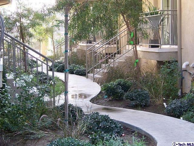 3 Bedrooms, Van Nuys Rental in Los Angeles, CA for $2,950 - Photo 2