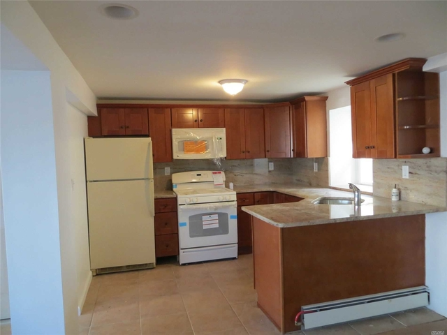 2 Bedrooms, West End Rental in Long Island, NY for $1,750 - Photo 2