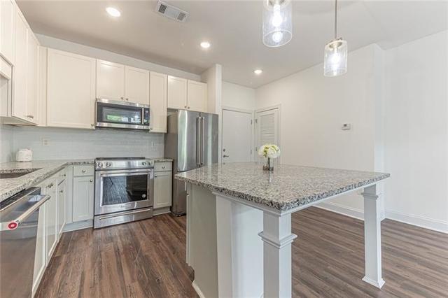 2 Bedrooms, Grant Park Rental in Atlanta, GA for $1,700 - Photo 2