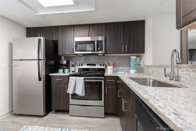2 Bedrooms, Plantation Rental in Miami, FL for $2,050 - Photo 1