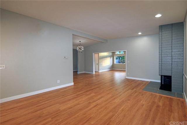 3 Bedrooms, Encino Rental in Los Angeles, CA for $4,595 - Photo 2