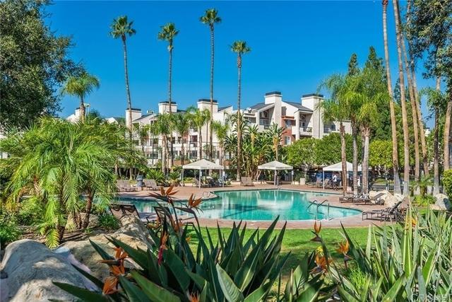 2 Bedrooms, Warner Center Rental in Los Angeles, CA for $2,400 - Photo 1