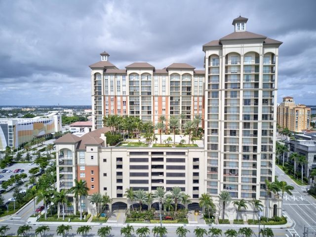 2 Bedrooms, Cityplace South Tower Condominiums Rental in Miami, FL for $2,675 - Photo 2