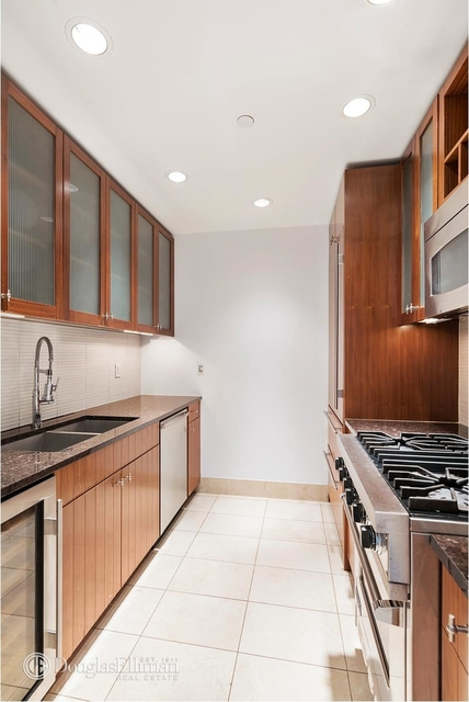 1 Bedroom, Turtle Bay Rental in NYC for $4,950 - Photo 2