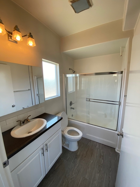 2 Bedrooms, Rampart Village Rental in Los Angeles, CA for $2,225 - Photo 1