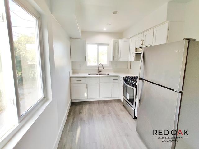 1 Bedroom, West Adams Terrace Rental in Los Angeles, CA for $1,650 - Photo 2