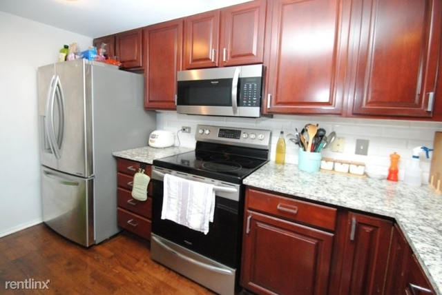2 Bedrooms, Dearborn Park Rental in Chicago, IL for $3,150 - Photo 2