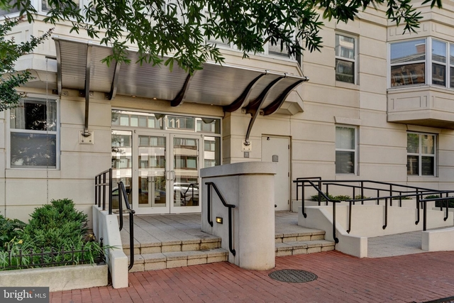 1 Bedroom, Mount Vernon Square Rental in Washington, DC for $2,300 - Photo 1