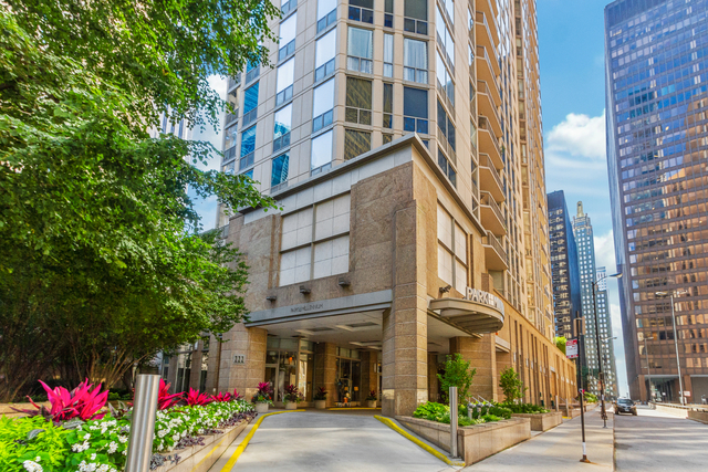 3 Bedrooms, The Loop Rental in Chicago, IL for $4,100 - Photo 1