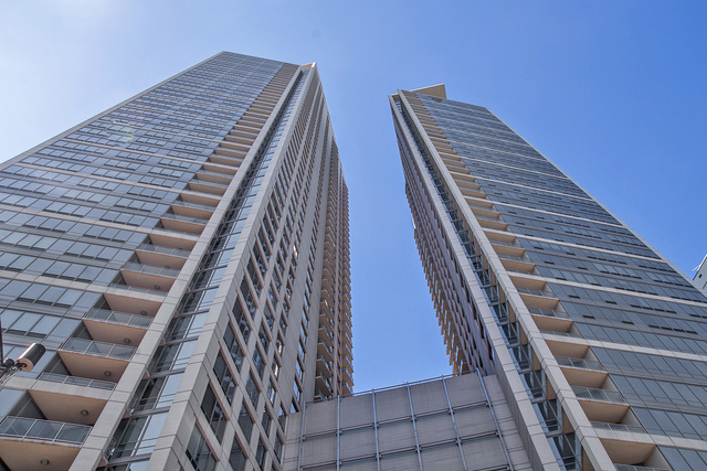 2 Bedrooms, Gold Coast Rental in Chicago, IL for $4,000 - Photo 1