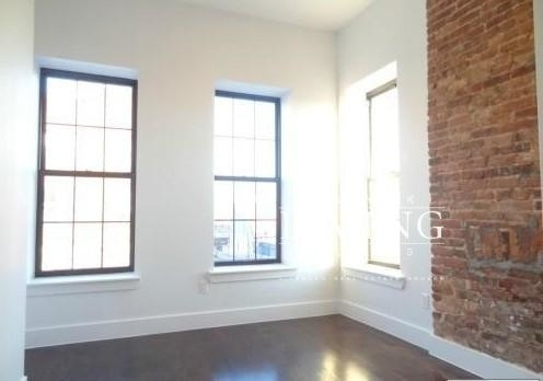 4 Bedrooms, Bushwick Rental in NYC for $3,117 - Photo 2