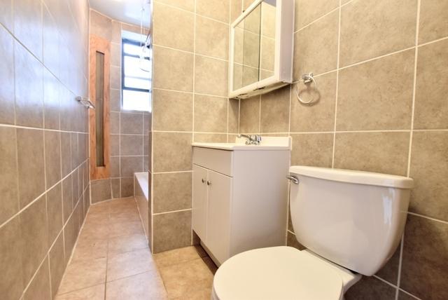 1 Bedroom, Astoria Rental in NYC for $1,701 - Photo 1