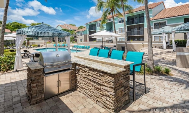 2 Bedrooms, Hollywood Hills Rental in Miami, FL for $1,670 - Photo 1
