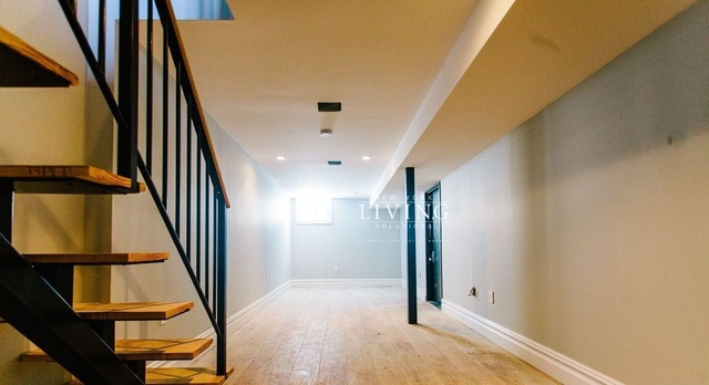 2 Bedrooms, Bushwick Rental in NYC for $3,200 - Photo 1