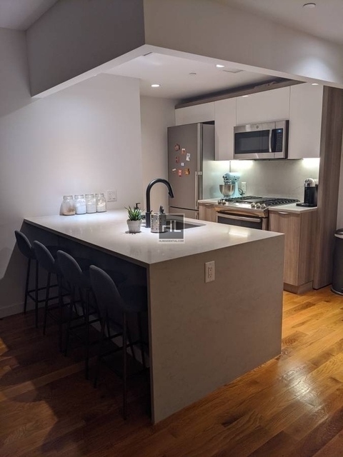 1 Bedroom, Greenpoint Rental in NYC for $3,425 - Photo 1