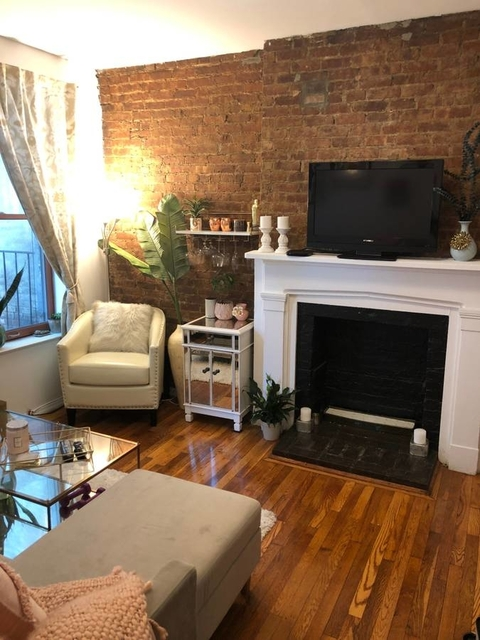 1 Bedroom, West Village Rental in NYC for $2,925 - Photo 2