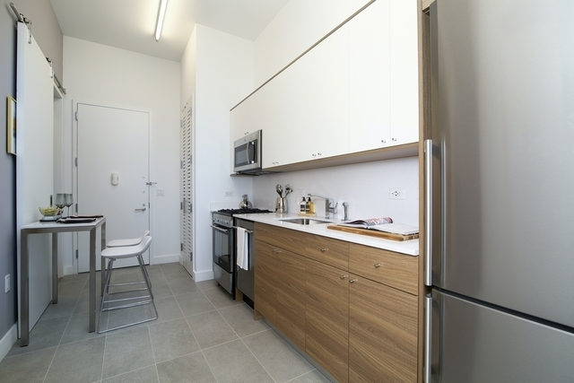 1 Bedroom, Long Island City Rental in NYC for $4,245 - Photo 1