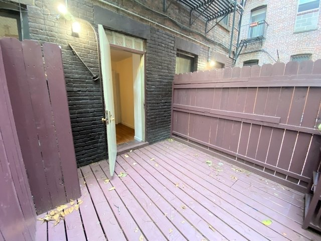 2 Bedrooms, East Village Rental in NYC for $3,208 - Photo 2