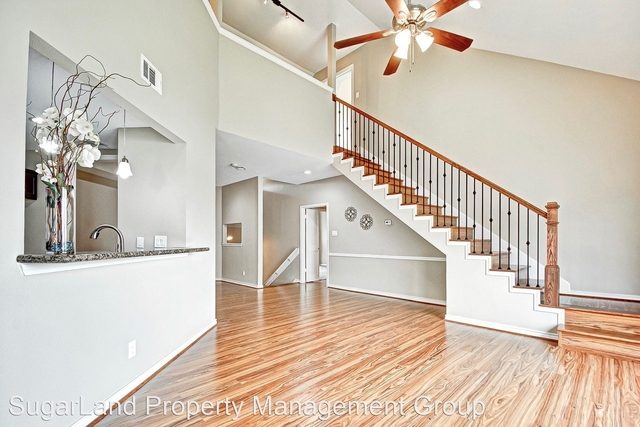 2 Bedrooms, Villas of Sweetwater Rental in Houston for $1,700 - Photo 1