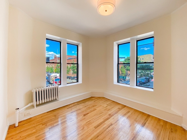 3 Bedrooms, Alphabet City Rental in NYC for $2,850 - Photo 1