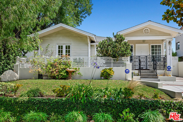 3 Bedrooms, Brentwood Rental in Los Angeles, CA for $7,000 - Photo 1