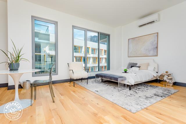 2 Bedrooms, Bushwick Rental in NYC for $3,640 - Photo 2