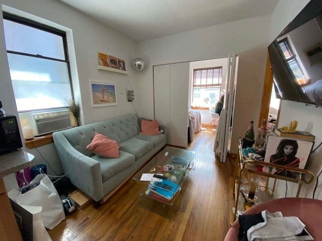3 Bedrooms, Alphabet City Rental in NYC for $2,745 - Photo 2