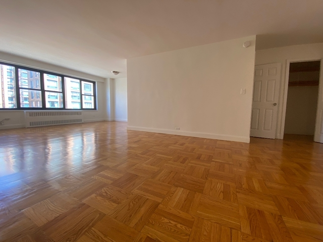 1 Bedroom, Greenwich Village Rental in NYC for $3,958 - Photo 2