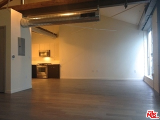 1 Bedroom, Arts District Rental in Los Angeles, CA for $2,900 - Photo 2