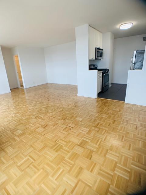 1 Bedroom, Spuyten Duyvil Rental in NYC for $2,132 - Photo 2