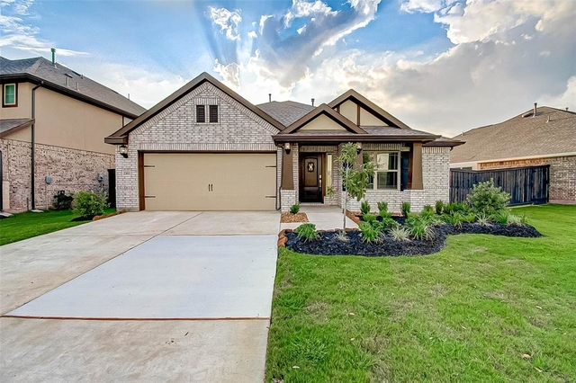 3 Bedrooms, Sugar Land Rental in Houston for $2,300 - Photo 1