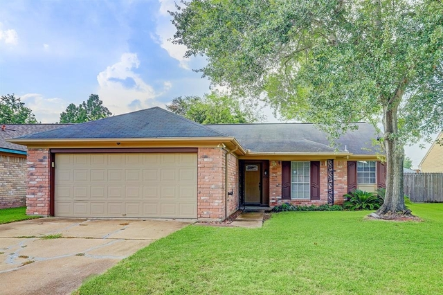 3 Bedrooms, Chimneystone Rental in Houston for $1,725 - Photo 1