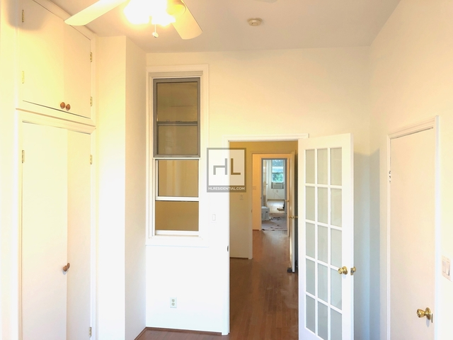 3 Bedrooms, Greenpoint Rental in NYC for $3,066 - Photo 2