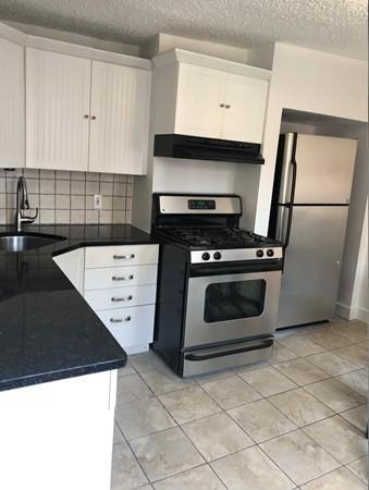 3 Bedrooms, Central Maverick Square - Paris Street Rental in Boston, MA for $3,400 - Photo 1