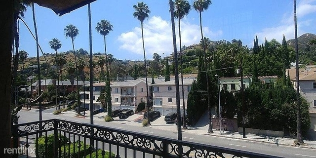 1 Bedroom, Hollywood Hills West Rental in Los Angeles, CA for $2,050 - Photo 1