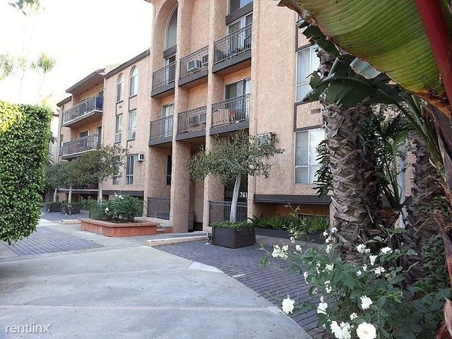 1 Bedroom, Hollywood Hills West Rental in Los Angeles, CA for $1,875 - Photo 1