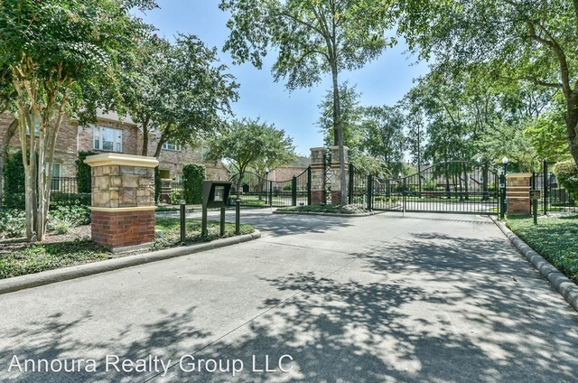 3 Bedrooms, Park Shadows Rental in Houston for $2,350 - Photo 1