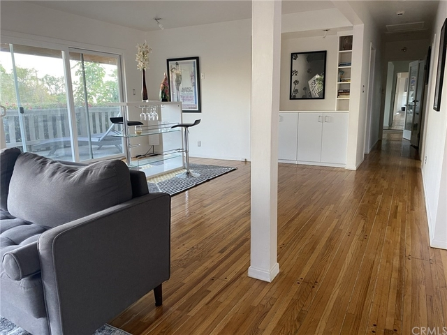 3 Bedrooms, Bel Air-Beverly Crest Rental in Los Angeles, CA for $10,200 - Photo 2