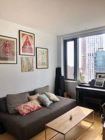 2 Bedrooms, Downtown Brooklyn Rental in NYC for $4,063 - Photo 2