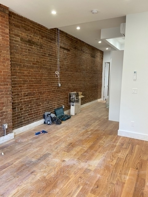 3 Bedrooms, Prospect Heights Rental in NYC for $5,995 - Photo 2
