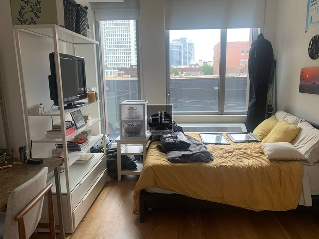 Studio, Williamsburg Rental in NYC for $2,857 - Photo 1