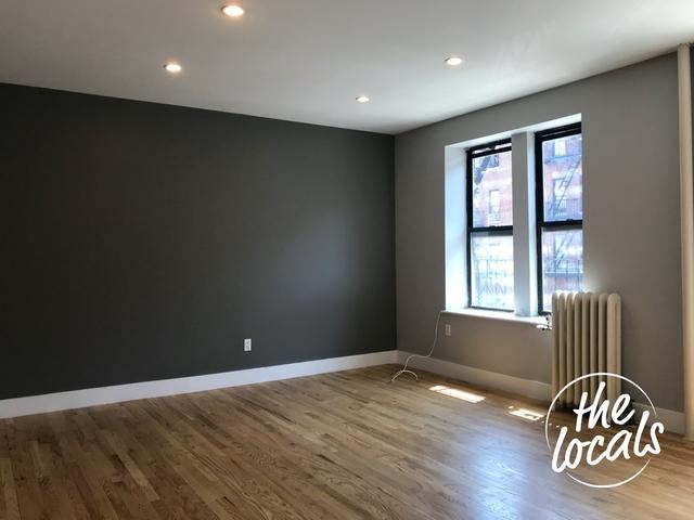 1 Bedroom, Weeksville Rental in NYC for $2,000 - Photo 2