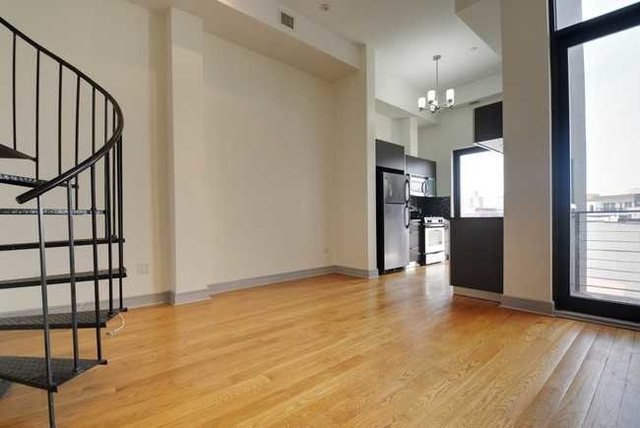 2 Bedrooms, East Williamsburg Rental in NYC for $3,900 - Photo 2