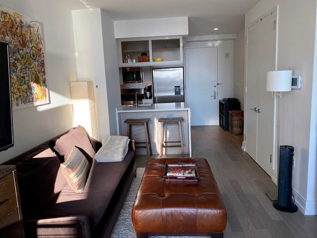 Studio, Hell's Kitchen Rental in NYC for $2,912 - Photo 2