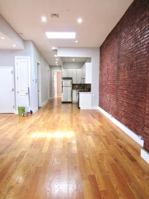 3 Bedrooms, Ocean Hill Rental in NYC for $2,549 - Photo 2