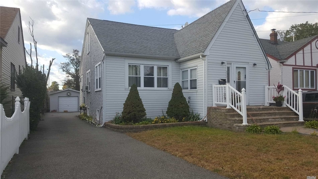 3 Bedrooms, Hempstead Rental in Long Island, NY for $3,500 - Photo 1