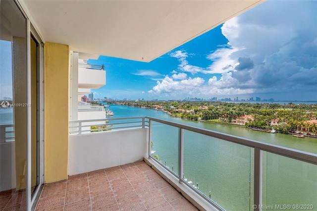 2 Bedrooms, Oceanfront Rental in Miami, FL for $2,500 - Photo 1