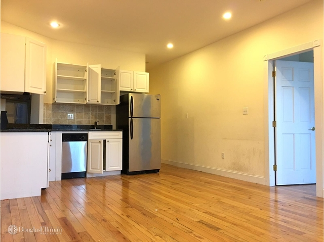 3 Bedrooms, East Village Rental in NYC for $4,550 - Photo 2